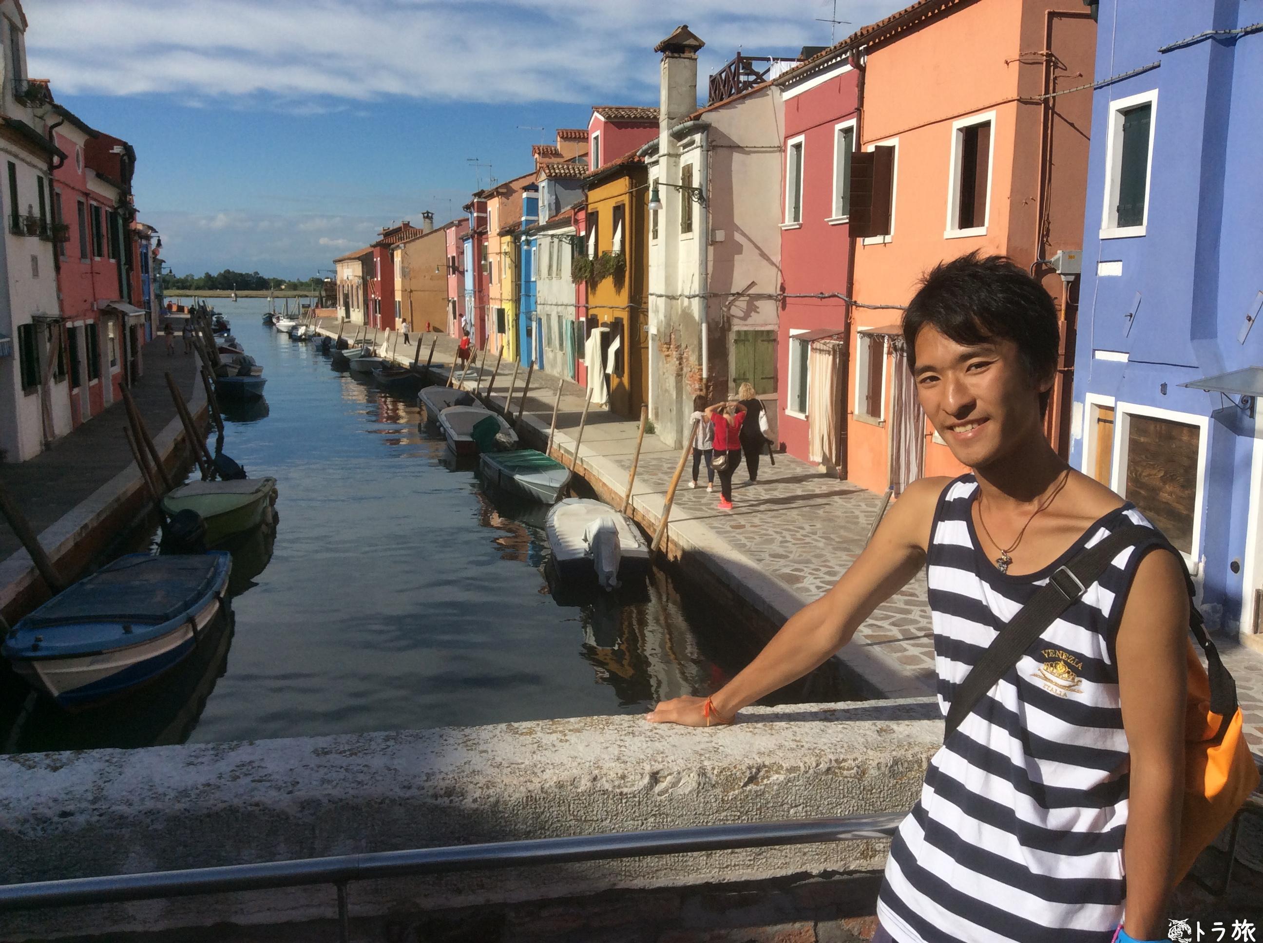 インスタ映えするカラフルな街並みのブラーノ島【イタリア】